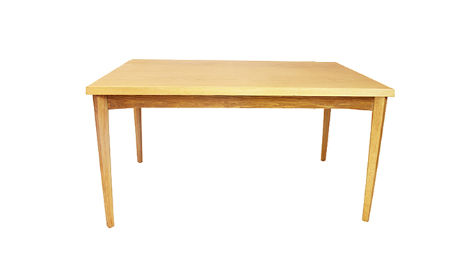 Mesa comedor en roble