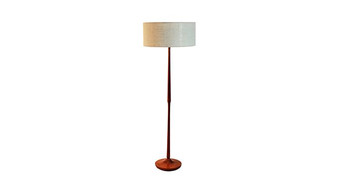 Lámpara de pie en teca