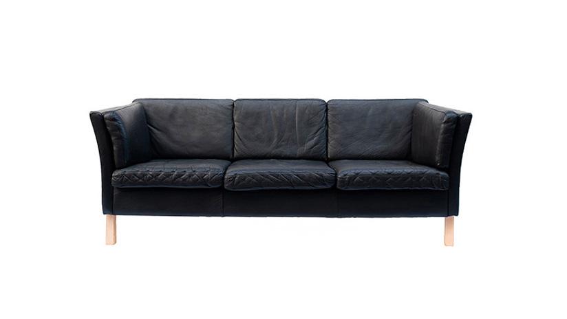 Sofá en cuero escandinavo