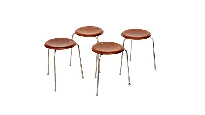 Taburetes Arne Jacobsen
